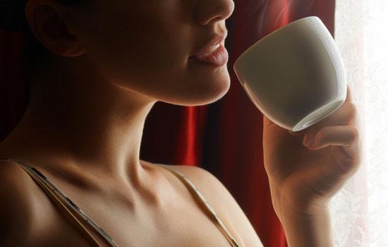 早上喝咖啡好吗,早上喝咖啡好不好,早上喝咖啡对身体好吗