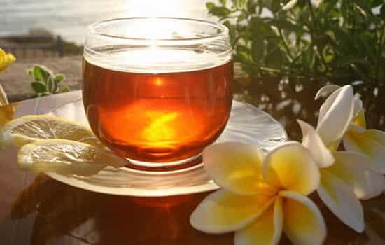 红茶与绿茶的区别图片