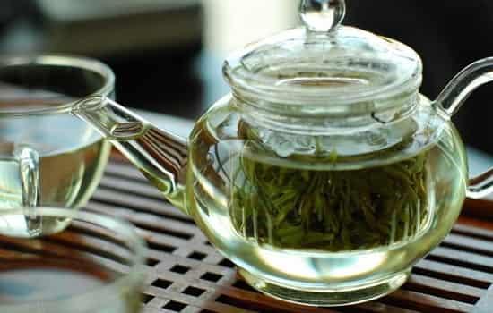 红茶与绿茶加工区别图片