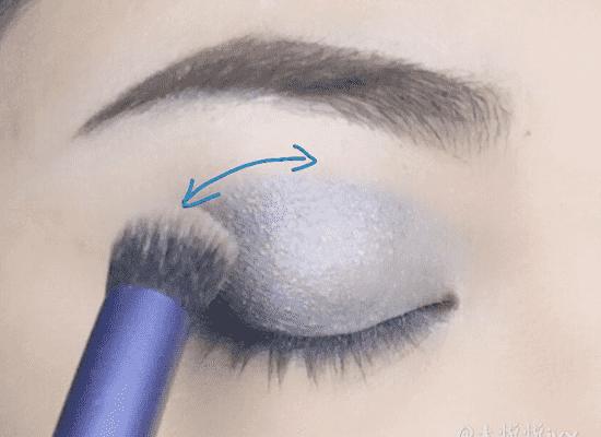 韩国清新蓝色眼妆画法图片