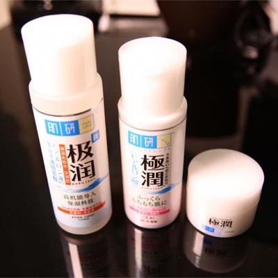 【极润肌研怎么样】肌研极润好用吗 保湿滋润的基础护肤必需品