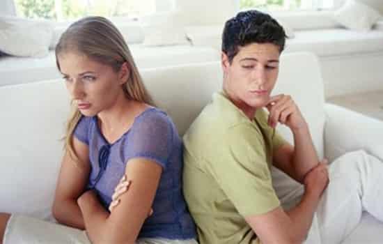 【做错了事怎么忏悔】女朋友做错了事怎么办 指出前了解5点注意事项
