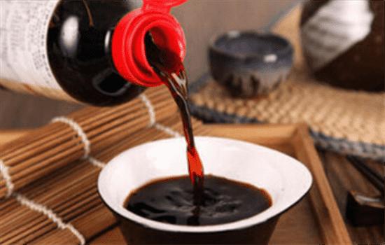 开眼角可以吃酱油吗 开眼角后吃什么促进恢复和祛疤