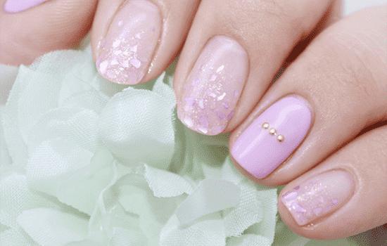 粉色小贝壳 不去沙滩在指甲上看也一样