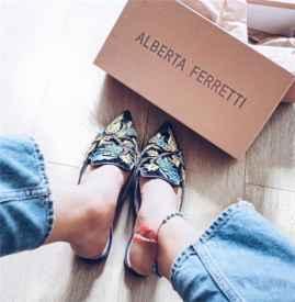 穆勒鞋是什么 快与穆勒鞋谈一场不分手的恋爱