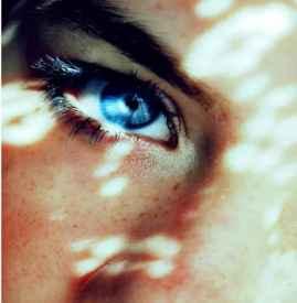 美瞳日抛月抛年抛的区别 应该选择使用期多长美瞳