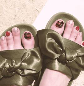 夏季脚美甲图片大全 夏季正当时脚美甲款式旋乐吧国际推荐