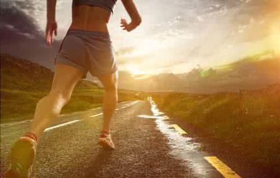 早晨跑步的正确方法 早晨跑步应该注意什么