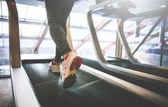 跑步机跑步腿会粗吗 在跑步机上跑步可是很好的塑形运动