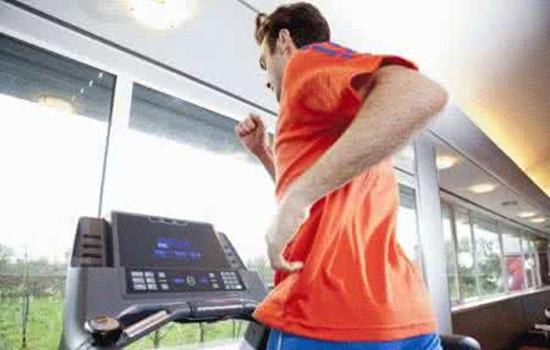 跑步机跑步的正确方法 这样做才能达到最佳效果哟