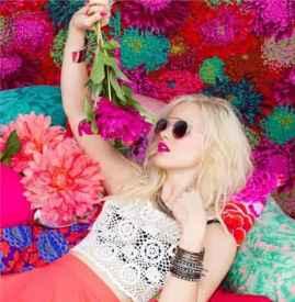 夏天涂什么颜色的口红 今年夏天最流行这9款粉色系口红