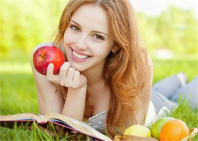 假性近视吃什么水果好