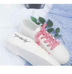 白色帆布鞋很脏怎么洗 4个小窍门让你的帆布鞋亮白如新
