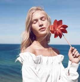 Camilla Christensen出镜丹麦《ELLE》8月号封面
