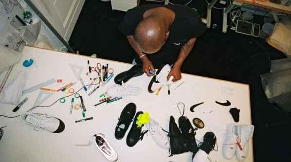 NIKE 与 Off-White联手推出《THE TEN》系列鞋款
