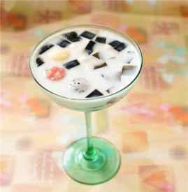 龟苓膏可以和酸奶一起吃吗