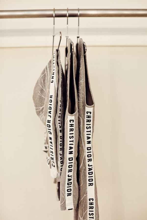 Christian Dior为纽约表演艺术《Works & Process》打造订製芭蕾舞衣