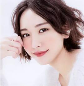 35岁适合用哪些眼霜 事业上升阶段这些眼霜延缓眼部衰老