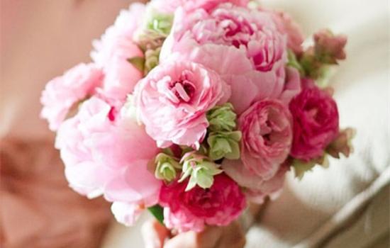 【新娘的捧花代表什么】新娘捧花用什么花 各种捧花的含义