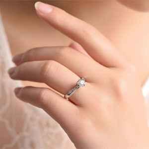 結婚戒指平時戴嗎 婚后不想佩戴的那些理由