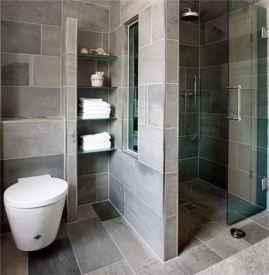 卫生间不平积水怎么办 卫生间积水的处理方法