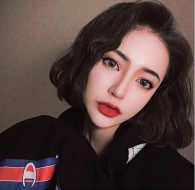 2018短发烫发发型图片