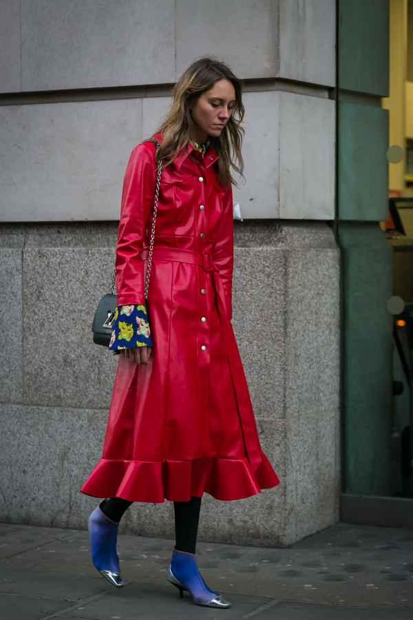 长款皮衣里面怎么搭配 尽显女人知性魅力图片