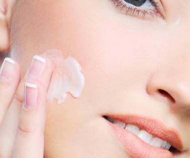 脸上长粉刺怎么治疗 脸上长粉刺治疗步骤解析