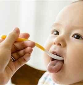婴儿米粉一次吃多少 婴儿米粉怎么添加