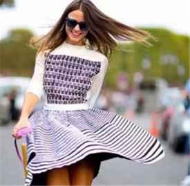 运动鞋配裙子的穿法图 不爱穿高跟鞋的你这么穿会很美
