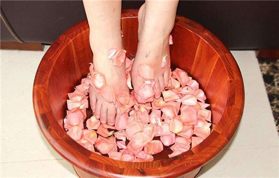 花椒水泡脚可以减肥吗 对小粗腿有效