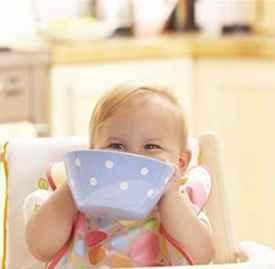 嘉宝米粉含牛奶吗 警惕宝宝牛奶过敏