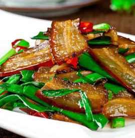腊肉炒什么菜好吃 炒腊肉好吃的秘诀