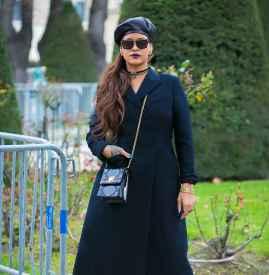 胸大的女人冬天穿什么衣服 掌握「扬长避短」技巧