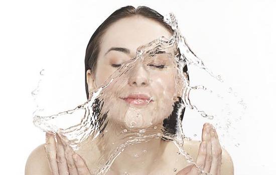 干性皮肤美白方法 让你白成一道光   干性皮肤美白方法,干性皮肤怎么美白,干性皮肤如何美白