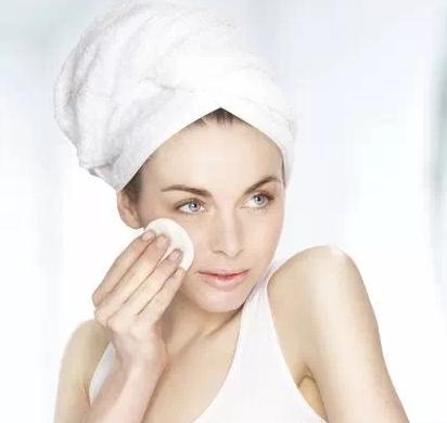 洗面奶洗脸有什么注意事项 用洗面奶洗脸的正确方法