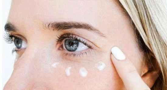 眼霜一次用量多少 一只眼就是一颗绿豆