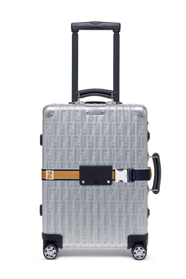 FENDI和RIMOWA推出铝合金手提箱