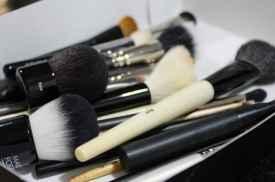 化妆工具如何清洗 几天不洗竟然这么脏