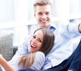 大学生同居的利与弊 大学同居是否该被认可