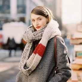 冬季围巾搭配技巧 下个时尚icon就是你啦