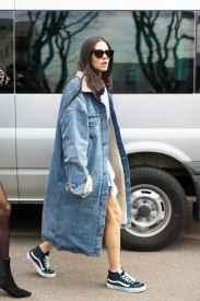 牛仔长外套穿搭技巧 让你摆脱路人感时尚爆表
