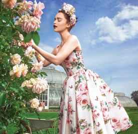 Emilia Clark 登《Harper's Bazaar》12月号封面