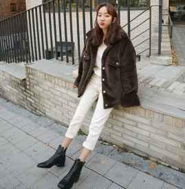 冬天白色裤子配什么鞋子 谁还不是美腿杀了?