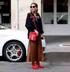 焦糖色半身裙搭配图片 买好了焦糖色半身裙怎么搭?