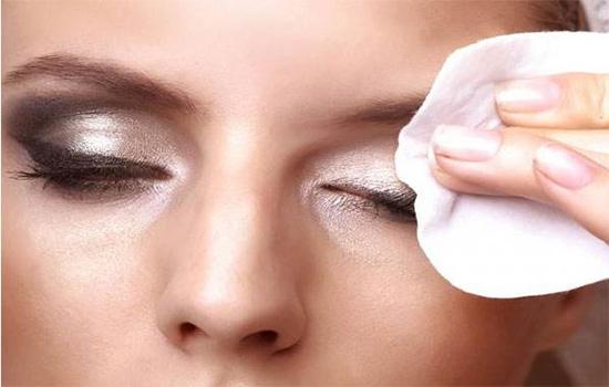 眼影需要卸妆吗 怎么卸眼妆最干净