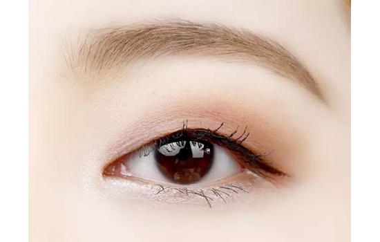 单眼皮怎么画眼影 单眼皮的仙女必学教程