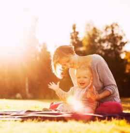 冬天宝宝晒太阳的好处 家长注意四个常见问题