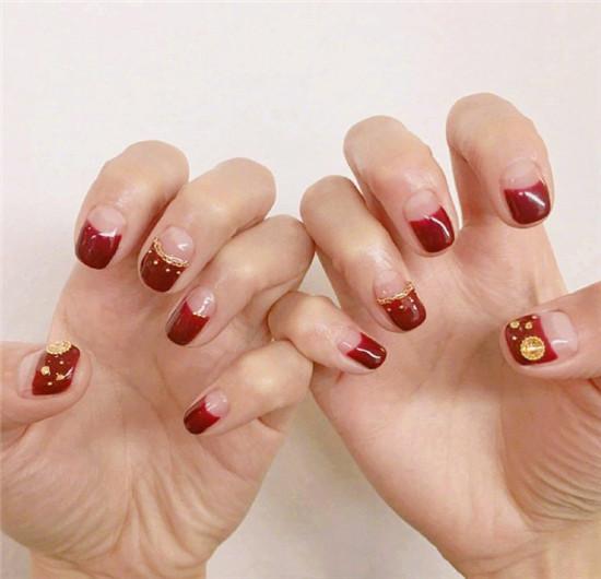 红色系美甲图片2017 秋冬最美的红色美甲欣赏