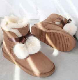 雪地靴上的油渍怎么去除 怎样清洗才不会伤皮质